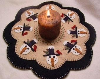 Candle Mat Kit, Penny Rug Kit, Wool Felt Kit, Snowman Candle Mat Kit, Prim Wool Felt Kit, Merino Wool Candle Mat Kit, Winter Friends