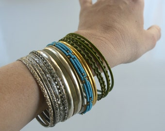 Wristful of Bangles. 19 Pieces