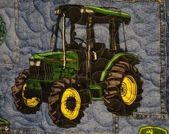 John Deer Baby Quilt. size 36x42