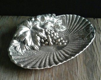 Zinn Becker 95% Pewter Tray Bowl Grapes Leaves Basketweave