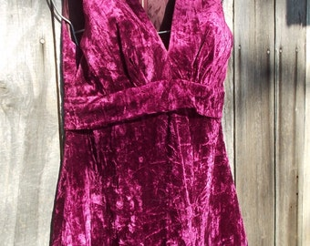 Mini Dress Vintage Crushed Velvet Cutie perfect for the Holiday sz 40 Euro 8 US