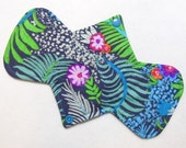 "9.25"" Light Tropical Floral - Reusable Cloth Menstrual Pad (9LC)"