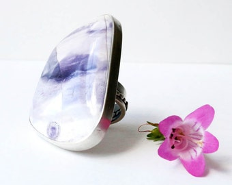 Tiffany Stone Statement Ring - Pastel Purple