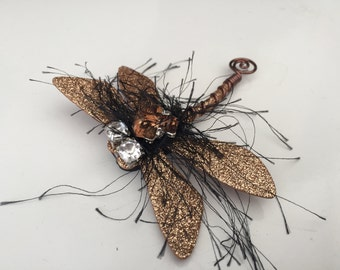 Dragonfly magnetic brooch with glittering wings