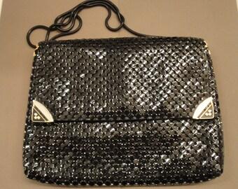 Vintage Purse, Black metal mesh soft side bag, Front flap, Magnetic clasp, Made in Korea, 37 inch chain handle, 2 inside pockets