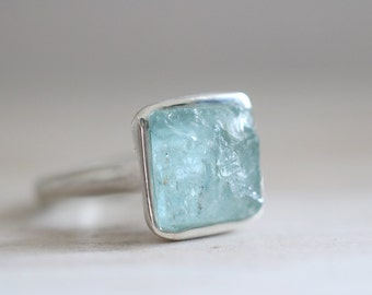 Aquamarine ring. Sterling silver ring with natural Aquamarine crystal. Aquamarine, Aqua crystal, rough aquamarine, raw aquamarine ring.