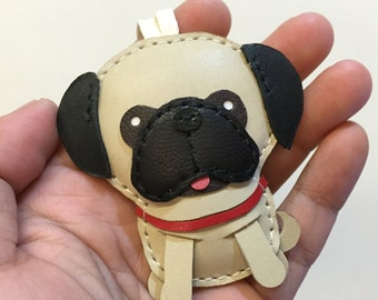 Small size - Ruby the Pug cowhide leather charm ( beige )