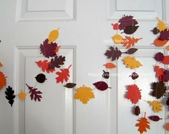 Oak Leaf Garland......9 Ft of Leaves and Acorns..Wedding photo prop....removeable gift tag...Fall Wedding...fall decor...fabulous colors