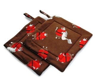 Quilted Christmas Pot Holders Set of 2 Sock Monkey Santa Brown
