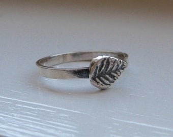 Little leaf recycled sterling silver stacking ring.