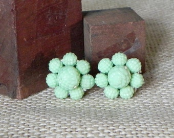 Vintage mint green cluster earrings screw on backs - flower shaped celluloid FREE SHIPPING
