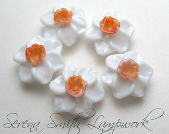 Narcissus, Jonquil, DAFFODIL BEADS in White, Pink and Orange, handmade artisan lampwork glass flower beads