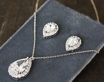 Bridal Teardrop Cubic Zirconia Pendant Necklace and Earring Set, Bridesmaid Jewelry Set, Crystal Teardrop Wedding Jewelry
