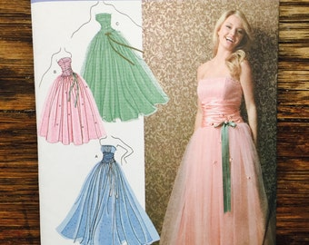 Jessica McClintock Strapless Dress Pattern, Simplicity 3878, Size P5 12,14,16,18,20