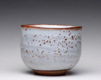 handmade chawan, pottery bowl, matcha chawan with white shino glazes