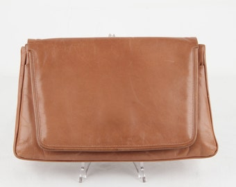 BOTTEGA VENETA For MANDELLES Vintage Tan Leather Clutch Purse Handbag