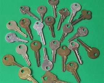 24 Antique Skeleton Key Keys Ornate Keys Skeleton Keys Industrial Key Keys Steampunk Keys DIY Jewelry Keys Barrel Keys