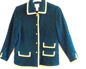 Mod vintage 90s forest green wool blend boucle jacket wirh gold metalic leather trim. Made by Linea.Size L.