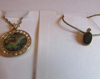 Abalone necklace with onyx