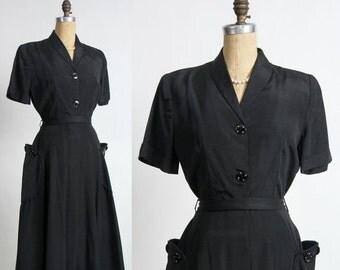 ON SALE 1940s LBD Dress . Vintage Shirtwaist with Patch Pockets & Belt