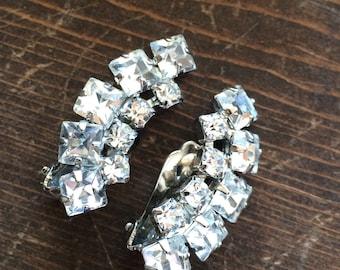 Vintage clear rhinestone earrings clip ons