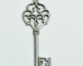 antique skeleton key charm  ,sold by 2 each , antique silver finish 4851AS