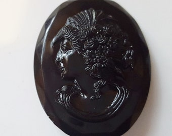 Czechloslavakian Cameo Victorian Mourning Black Glass Brooch