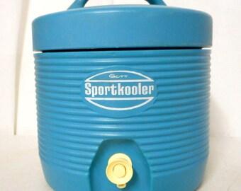 Gott cooler besides Ice pack cooler additionally Gott Cooler in addition Gott Lunch Tote 6 Pack Cooler Vintage moreover  on rubbermaid refreeze bottle 8279 gott