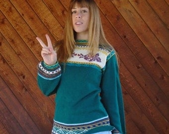 extra 30% off SALE ... Green Hippie Knit Bell Sleeve Sweater Alpine Rainbow Pullover - Vintage 70s - XS S