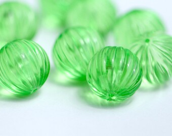 Vintage Lucite Green Fluted Round Melon Beads 16mm (10)