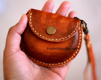 Leather coin purse,leather earbuds pouch case bag,leather purse,coin pouch,change purse, change pouch,hand-painted and stitched by napkitten