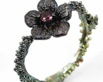 Unique Stunning 925 Sterling Silver Ring  Floral  with Natural Rhodolite Stone  One of a kind ,adorable so Elegant