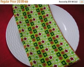 50% OFF SALE Christmas Cloth Napkins Stars Snowflakes Set of 6