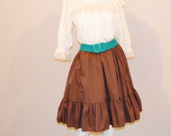 Vintage Buff Blouse and Rocking Brown Skirt Set