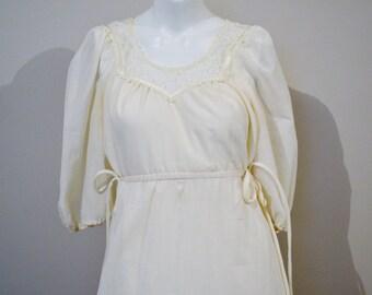 Vintage Dress Peasant / Boho / Renaissance Ivory with Lace