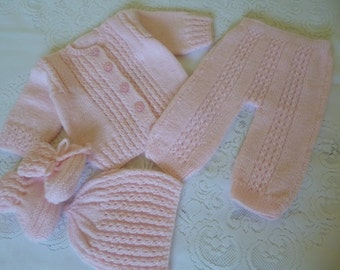 Knitted  Newborn Girl Set. Handmade Baby Ensemble. Adorable Baby Outfit. Suit for Baby Girl