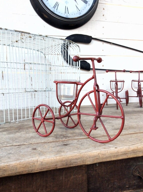 Bicycle iron decor bicycle iron decor home and living for Bicycle decorations home