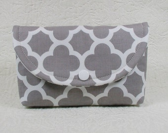 Snap Pouch, Large Snap Pouch, Cosmetic Pouch, Travel Pouch ... Medium Quatrefoil in Gray