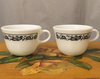 Pyrex Cups Teacups Mug Set of 2 Vintage Replacement