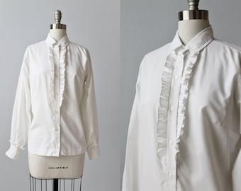 Vintage White Long Sleeved Ruffled Blouse Top / Button Down Blouse / 1970s Prairie Blouse / Gunne Sax Blouse