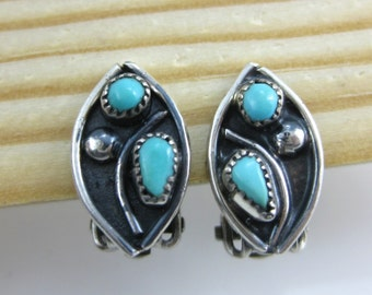 Vintage Zuni Needle Point Turquoise Sterling Silver Oval Earrings