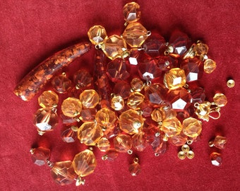 Lot of amber lucite bead