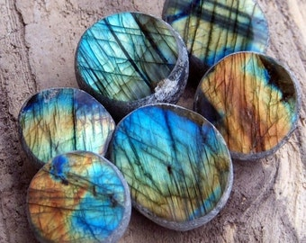 LABRADORITE SEER STONE Dreamer's Crystal, Magic Window Egg Polished Gemstone in Gift Bag - Stunning Bright Colors, Fire & Flash
