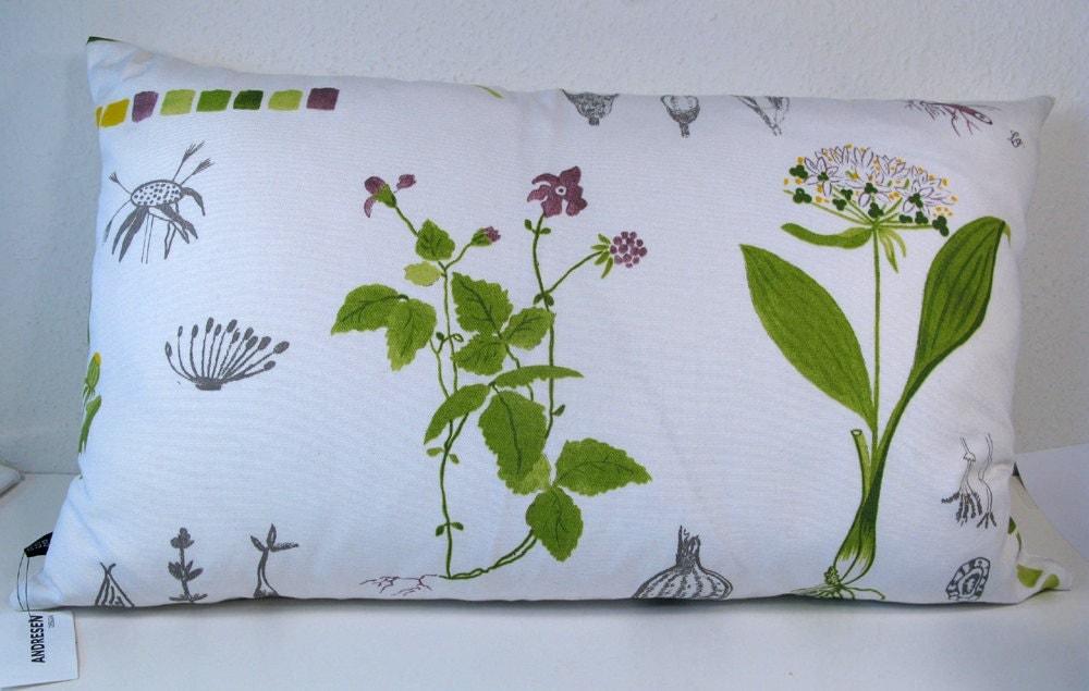 Scandinavian Pillow Design : modern scandinavian design pillow cover. White with wild