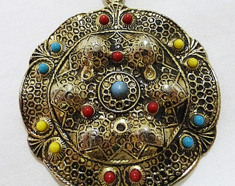 Vintage necklace round pendant gold tone with beads ethnic