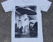 Unisex UFO T-Shirt - American Apparel Silver Tee
