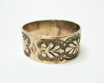 Antique Victorian 10K Rose Gold Cigar Band Ring - Wedding Band - Size 9 - 2.5 Grams - As Is