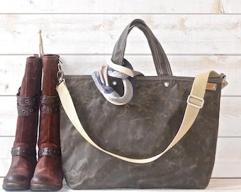 Waxed Canvas bag big Diaper bag Dark khaki Green Tote bag /Messenger bag / Weekender / Work bag /Men messenger / Travel bag Zipper 5 Pockets