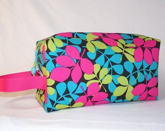 Magenta Leaves Project Bag