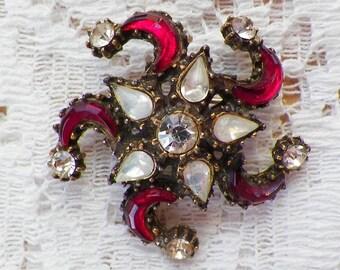 Vintage Red Glass, Faux Opal Rhinestone, and Clear Rhinestone Brooch / Pin / Broach, Rhinestones, Brassy Gold Tone Metal, Starfish / Star